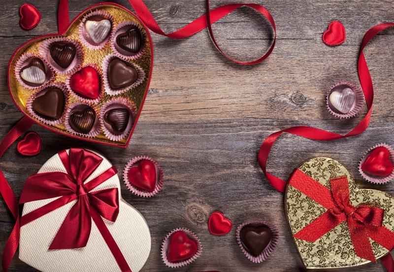 Valentine's Day Ideas for Singles, Couples, and Everyone