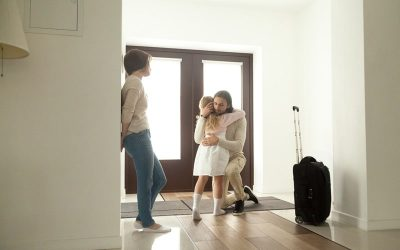 Can a Father Get a 10 Year Old Daughter's Custody After a Divorce?