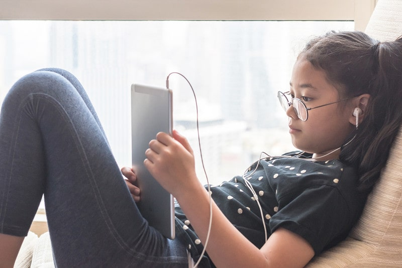 How Much Screen Time is Appropriate for a 10 Year Old