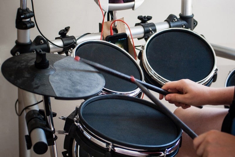 The Best Electronic Drum Kits for 10 Year Olds