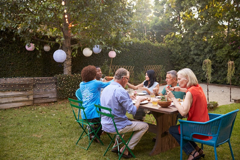 What You Should Know About Backyard Picnic Tables