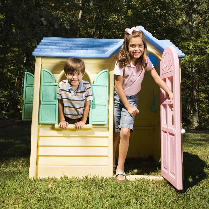 Best Outdoor Playhouses