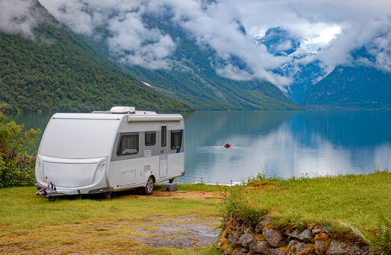 14 Best Travel Trailers Under 3000 lbs With Pictures