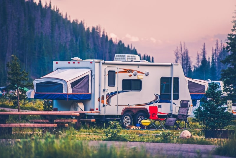 12 Lightweight Travel Trailers Under 3500 lbs With Pictures