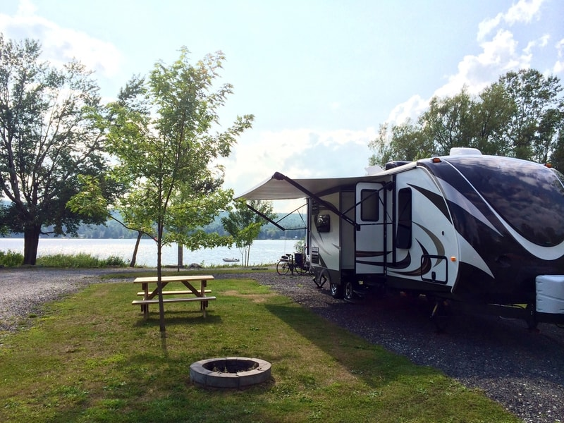 14 Best Travel Trailers Under 7000 lbs With Pictures