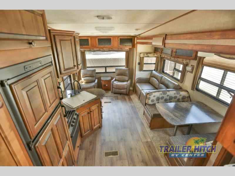 2015 Keystone Sprinter 252FWRLS interior