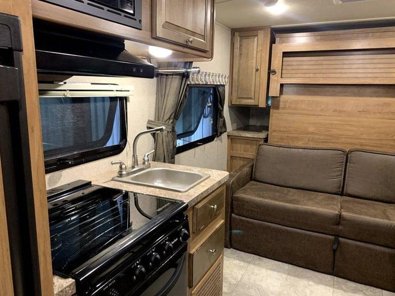 2018 Rockwood 195 Mini Lite Murphy Bed interior