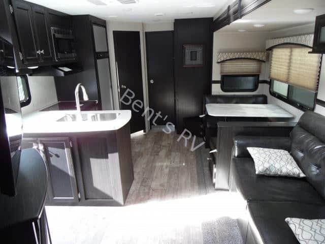 2018 SportTrek 343VBH interior