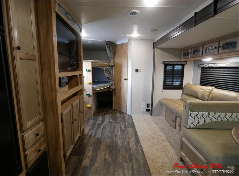 2019 Coachmen 287BHDS interior