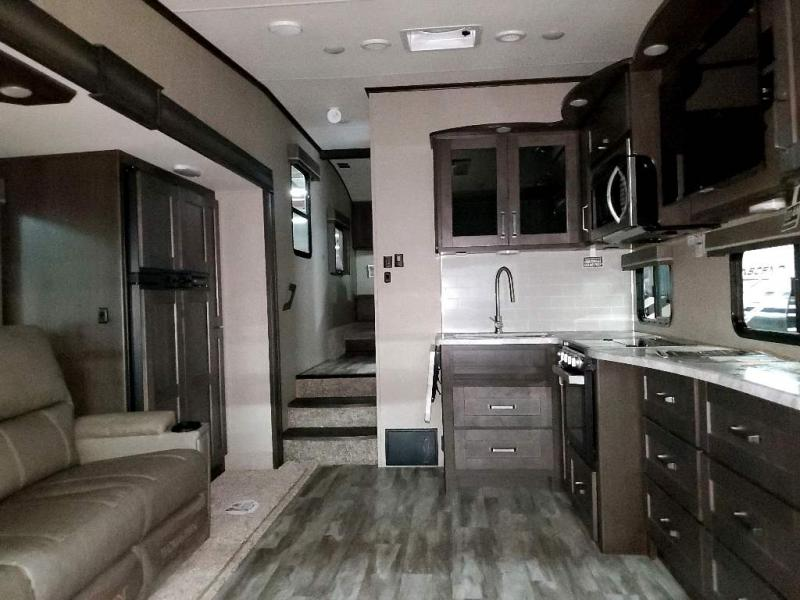 2019 Grand Design RV Reflection 150 Series 260RD interior