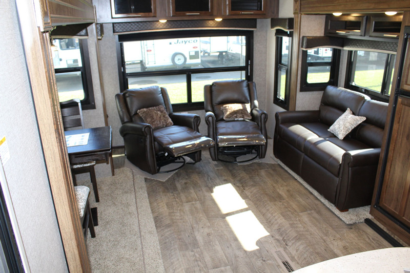 2019 Jayco Eagle 27.5 RLTS interior