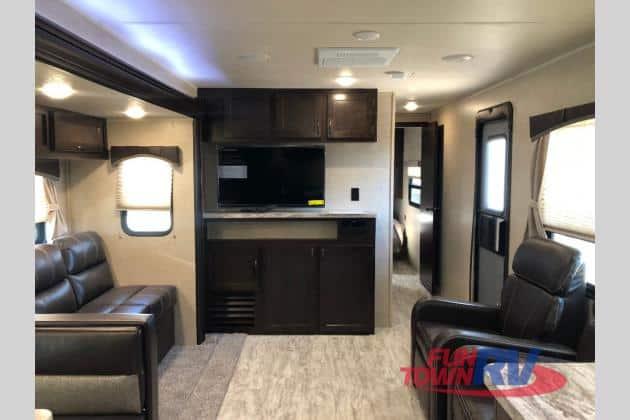 2020 East West Silver Lake 29KRK interior