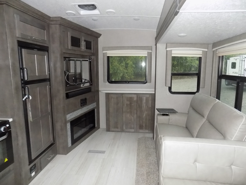 2020 Forest River Rockwood Ultra Life 2621WS interior