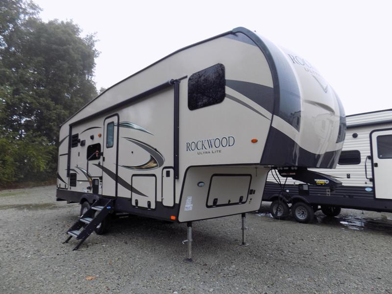 2020 Forest River Rockwood Ultra Life 2621WS