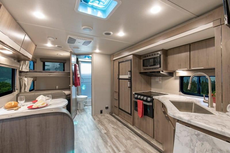 2020 Imagine XLS 23BHE interior