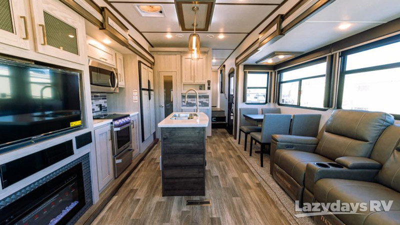 2020 Montana High Country 384BR interior