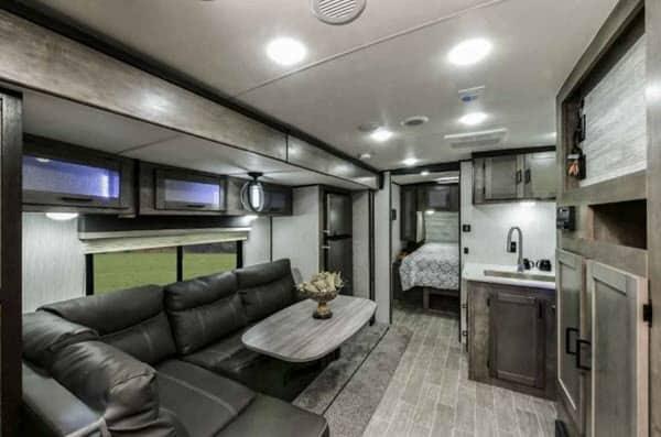 2021 Heartland Wilderness 2400RB interior