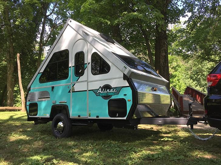 Retro Aliner Pop-Up Camper