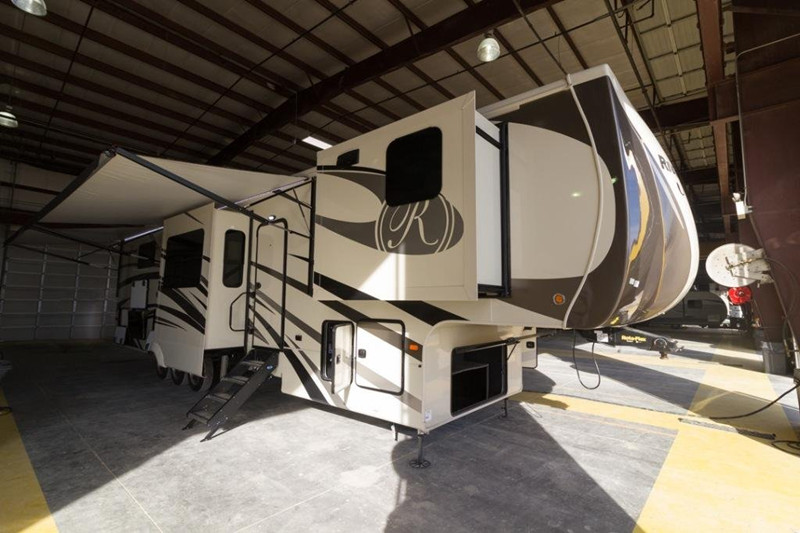 2018 Forest River Riverstone 39FKTH