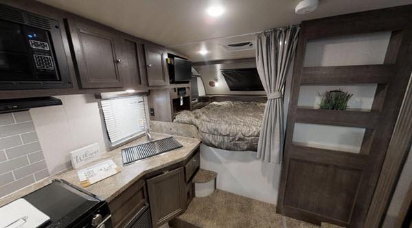 2019 Palomino Backpack HS6601 interior