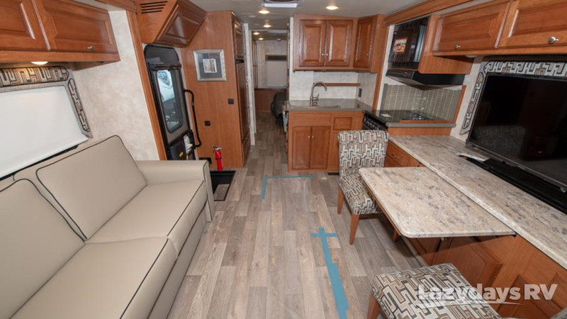 2019 Winnebago Vista LX 30T interior