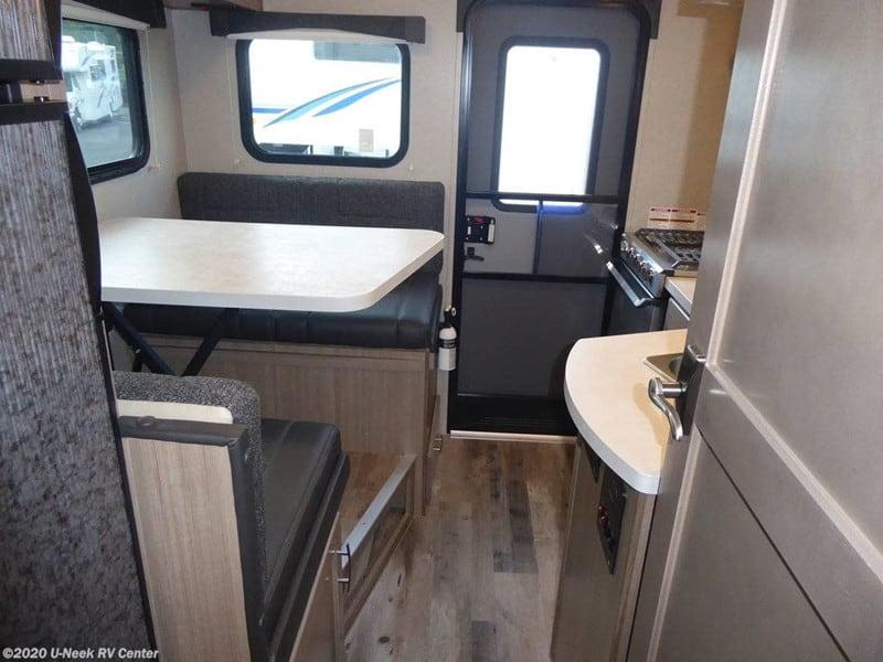 2020 Adventurer Next Generation 86FB interior