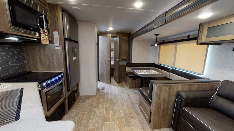 2020 Puma 32RBFQ2 interior