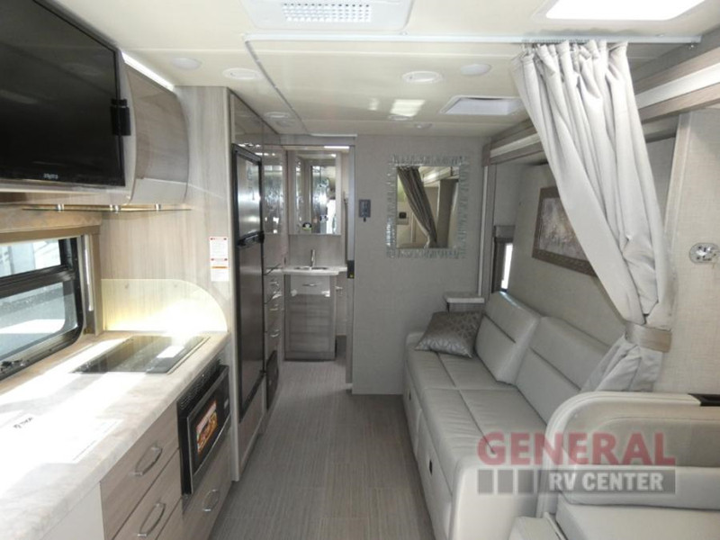 2020 Thor Delano 24FB interior