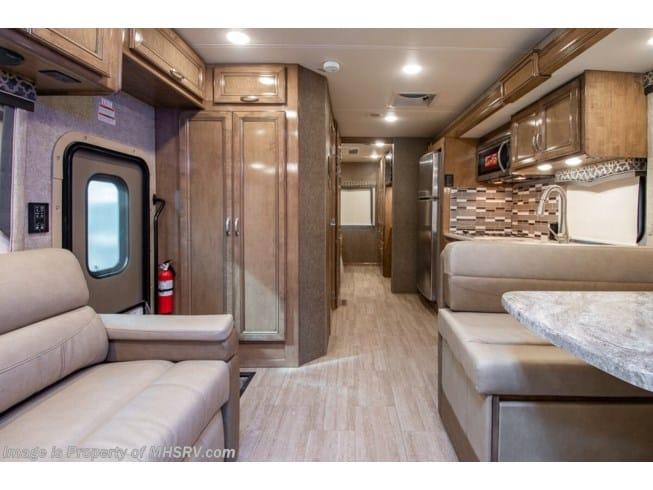 2020 Thor Magnitude XG32 interior