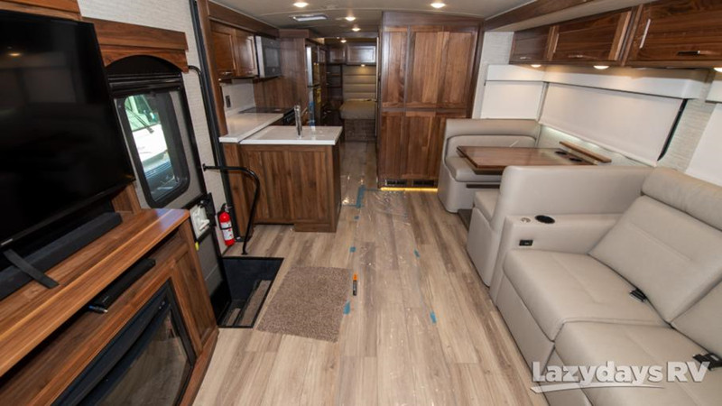 2020 Winnebago Forza 34T interior
