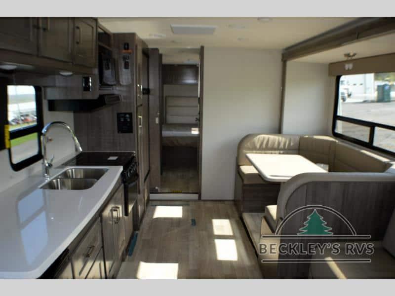2020 Winnebago Minnie Winnie 31K interior